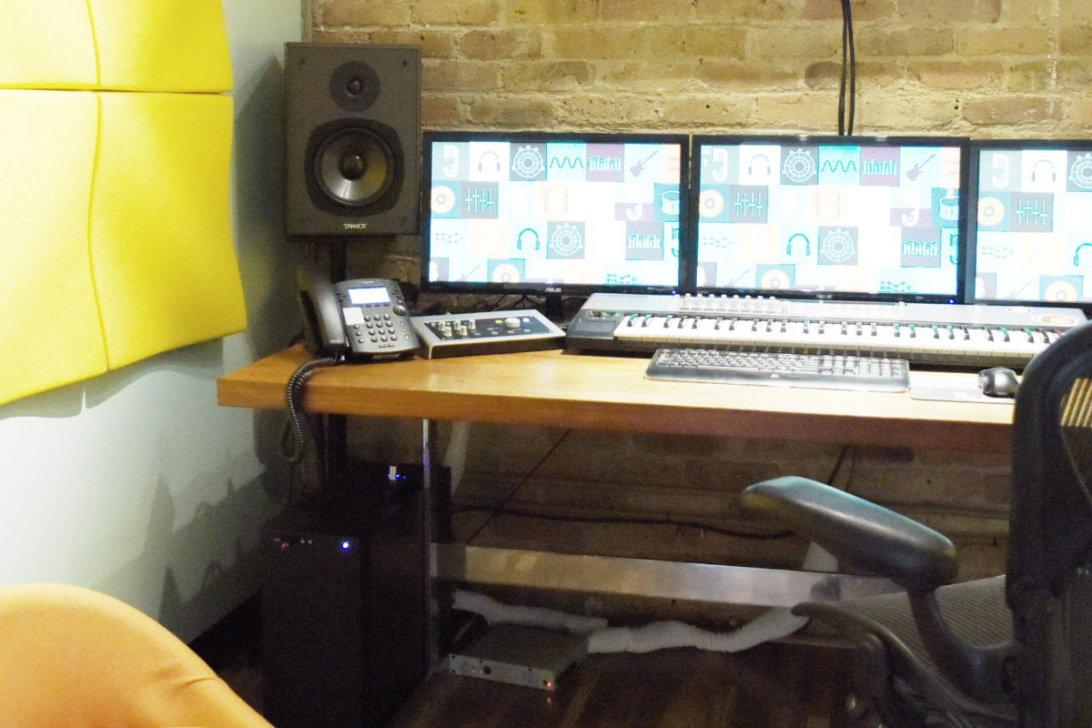 NoiseFloor dials up the offerings with new studio