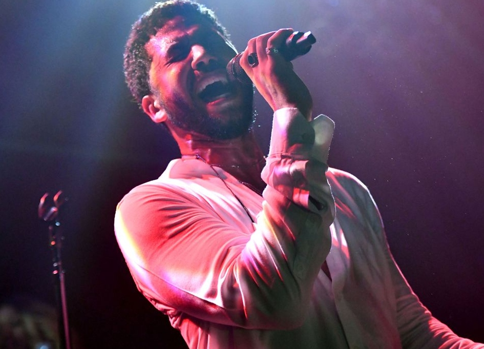 Jussie Smollett performs at emotional L.A. concert Saturday