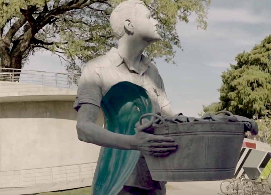 "FCB Mexico builds ""almost"" monuments to men who clean"