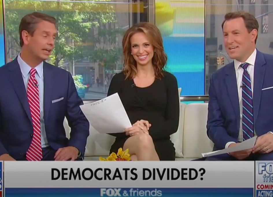 Fox morning hosts applaud Trump's racist tweets