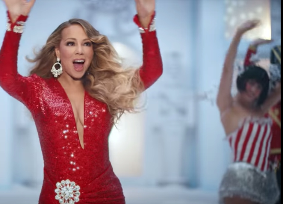 All Mariah Carey wants for Xmas is… Walkers